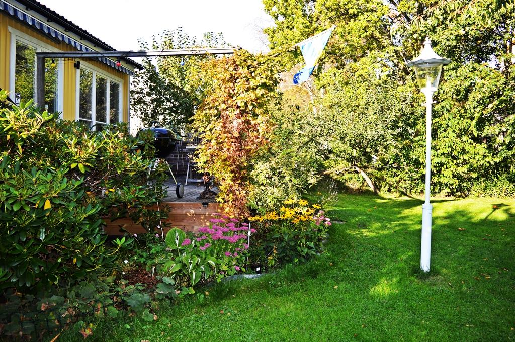 Härlig och skyddad trädgård