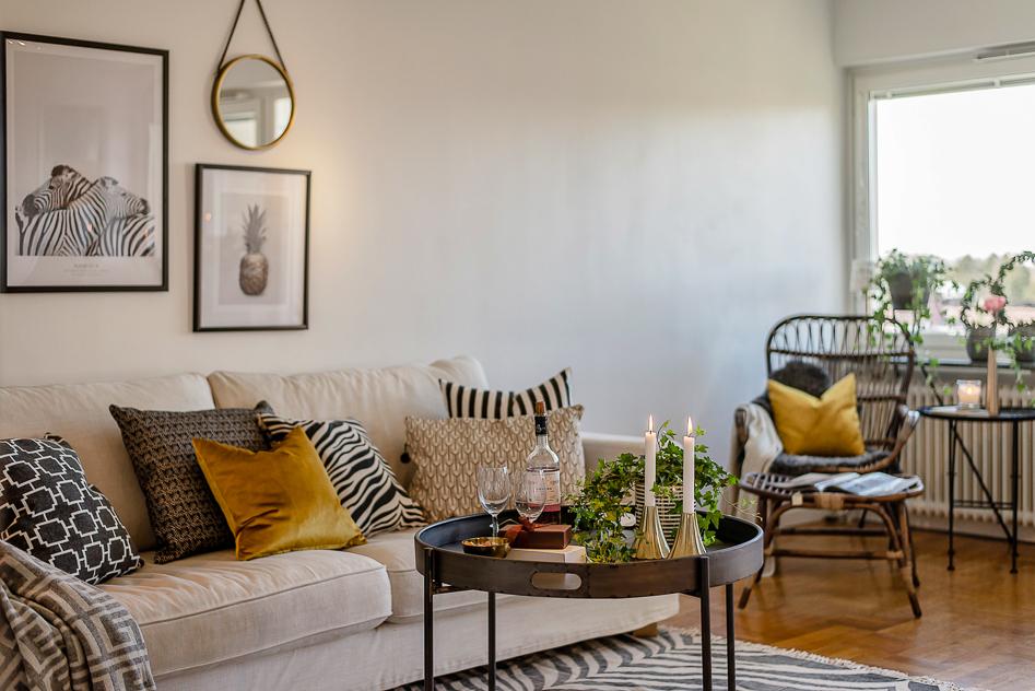 Vardagsrum med fint burspråk